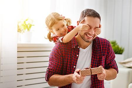"""Den otců: tipy na dárky pro tatínky, kteří """"nic nechtějí"""""""