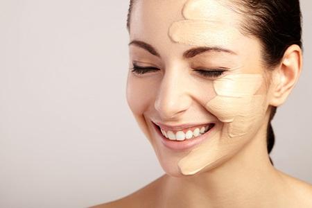 Nejlepší hydratační make-upy pro suchou pleť
