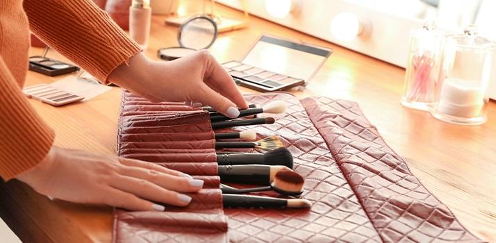 úklid kosmetiky
