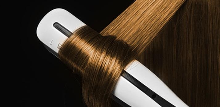 parní žehlička na vlasy
