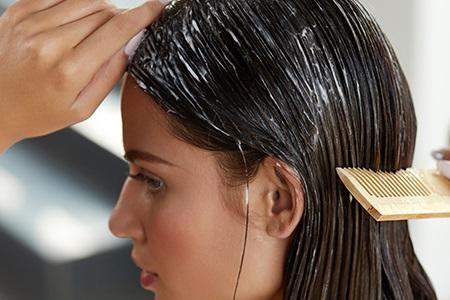 """Jak uratować zniszczone włosy? """"SOS"""" pielęgnacja przeciw rozdwajaniu i łamaniu się włosów"""