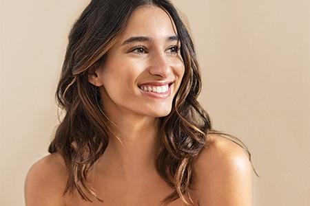 Přírodní kosmetika na vlasy: jak s ní začít?