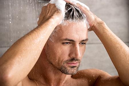 Recenze: Nejlepší šampony na vlasy pro muže