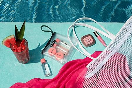 Cestovní kosmetika na léto