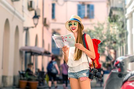 Krásná o prázdninách aneb Cestovní kosmetika do kempu i na pláž