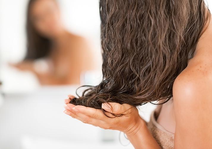 Tratamiento de noche para cabello maltratado