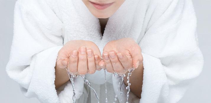Lavarsi il viso 3