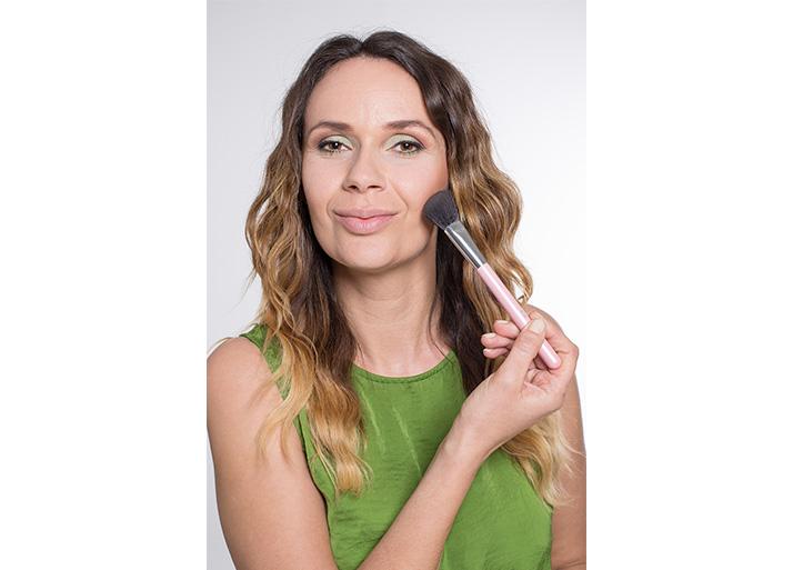 Maquillage vert poudre bronzante