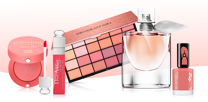 dekoratívna kozmetika vo farbe roka Living Coral