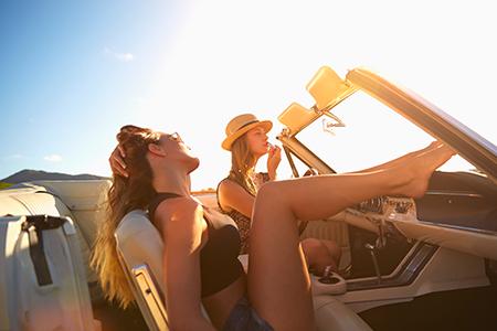 Preprosti triki in lepotni nasveti za celo poletje