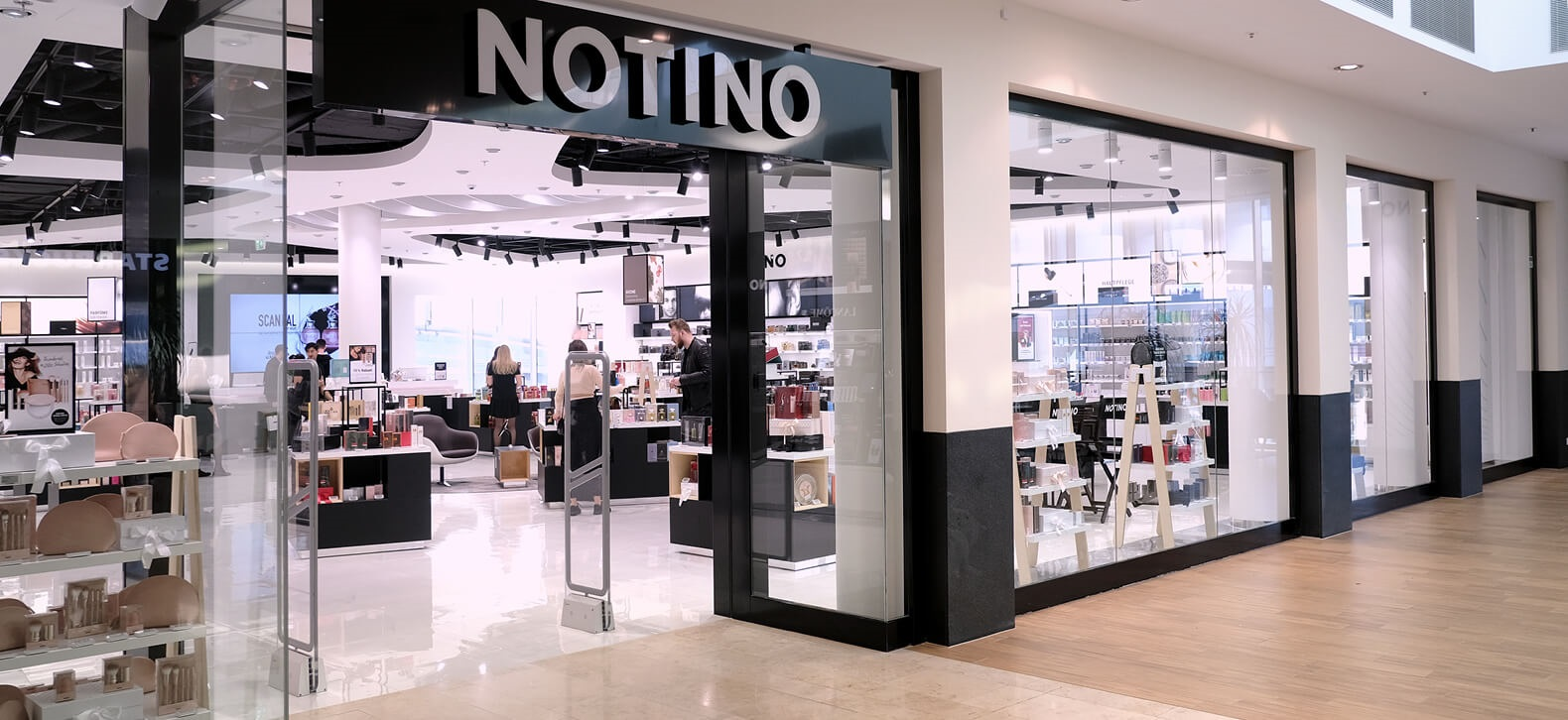 Parfumerie Wien Parfum Und Kosmetik Donau Zentrum Notinoat