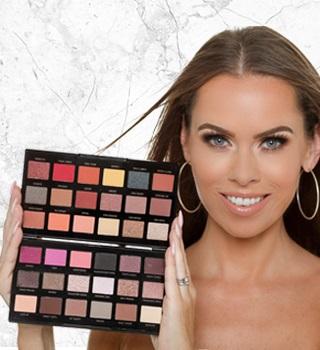PETRA Makeup Revolution