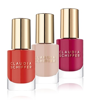 Claudia Schiffer Make Up Unhas