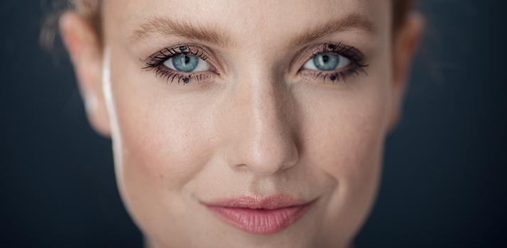 Dot make-up cover