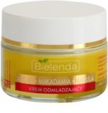 Bielenda Skin Clinic Professional Pro Retinol crema de noapte cu efect profund reparator cu  efect de intinerire
