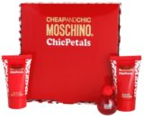 Moschino Cheap & Chic Chic Petals lote de regalo I.