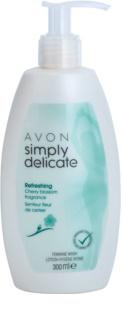 Avon Simply Delicate гель для інтимної гігієни з ароматом черешневого цвіту