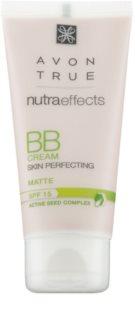 Avon True Nutra Effects mattierende BB Creme LSF 15