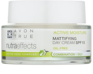 Avon True NutraEffects crema de día rejuvenecedora  SPF 15