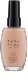 Avon True Colour zklidňující makeup pro matný vzhled