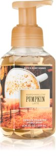 Bath & Body Works Marshmallow Pumpkin Latte hab szappan kézre