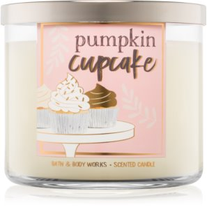 Bath & Body Works Pumpkin Cupcake ароматна свещ  411 гр.