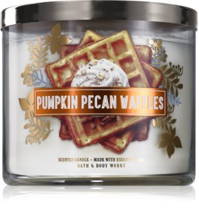 Bath & Body Works Pumpkin Pecan Waffles scented candle I.
