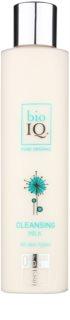 BioIQ Face Care čistilno mleko za odstranjevanje ličil z vlažilnim učinkom