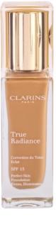 Clarins Face Make-Up True Radiance fond de teint hydratant éclat pour un look parfait SPF 15
