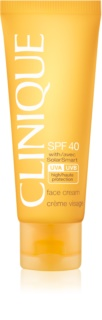 Clinique Sun crema solar facial SPF 40