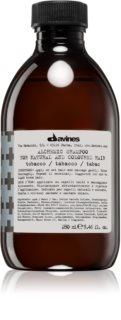 Davines Alchemic Tobacco sampon hidratant pentru a evidentia culoarea parului