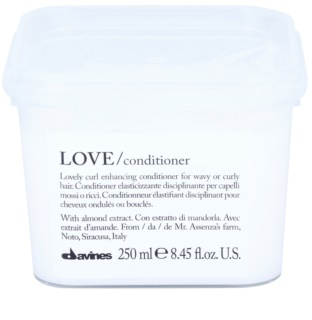 Davines Love Almond Conditioner For Wavy Hair