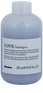 Davines Love Olive šampon za glajenje las za neobvladljive lase