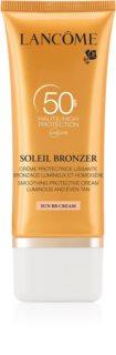 Lancôme Soleil Bronzer opalovací krém na obličej SPF50