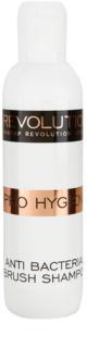 Makeup Revolution Pro Hygiene antibakterijski šampon za kistove