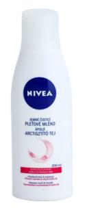 Nivea Aqua Effect очищуюче молочко для обличчя для чутливої сухої шкіри