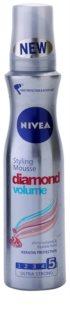 Nivea Diamond Volume fixáló hab dús és fényes hajért