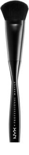 NYX Professional Makeup Pro Brush zkosený štětec na pudr a bronzer