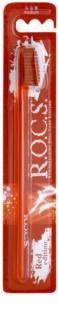 R.O.C.S. Red Edition fogkefe közepes