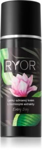 RYOR Every day crema fata iluminatoare de protectie cu extract de plante