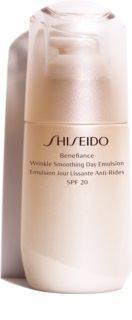 Shiseido Benefiance Wrinkle Smoothing Day Emulsion  schützende Emulsion gegen Hautalterung SPF 20