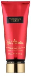 Victoria's Secret Fantasies Total Attraction crema de corp pentru femei 200 ml