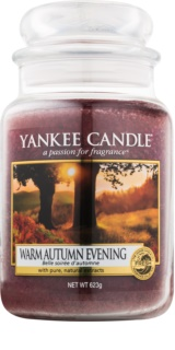 Yankee Candle Warm Autumn Evening candela profumata 623 g Classic grande
