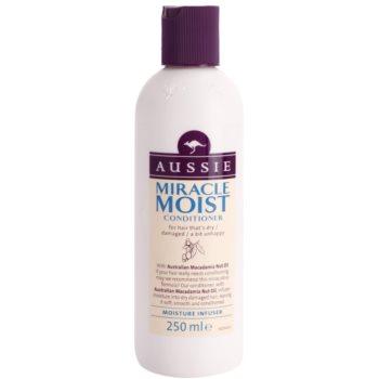 Aussie Miracle Moist après-shampoing pour cheveux secs et abîmés (with Australian Macadamia Nut Oil) 250 ml