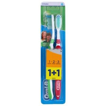 Oral B 1-2-3 Natural Fresh brosses à dents medium 2 pcs Green & Dark Red