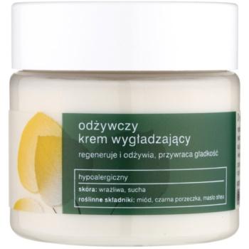Tołpa Green Nutrition crème lissante effet régénérant Honey, Black Currant, Shea Butter (Hypoallergenic) 50 ml