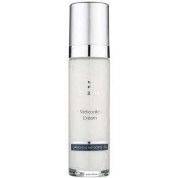 Clarena Diamond & Meteorite Line crema illuminante antirughe per viso, collo e décolleté 50 ml
