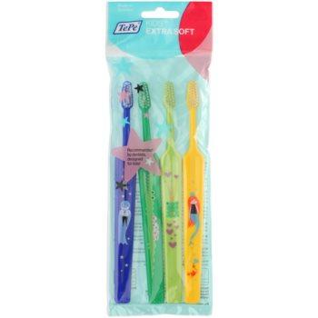 TePe Kids spazzolini da denti per bambini extra soft 4 pz Dark Blue & Dark Green & Light Green & Yellow (Small Toothbrush with Tapered Brush Head)