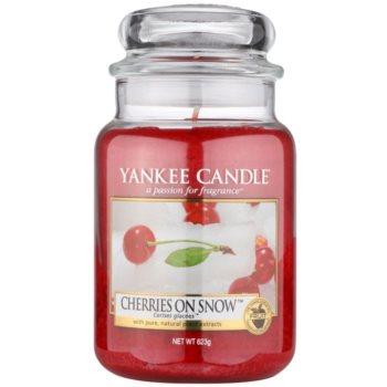 Yankee Candle Cherries on Snow candela profumata 623 g Classic grande