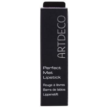 Artdeco Talbot Runhof Perfect Mat matowa szminka nawilżająca 3